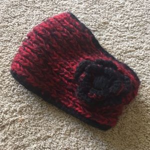 Forever 21 - red and black Crocheted head warmer